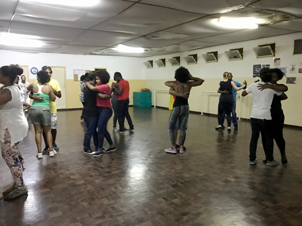 Modern Moves kizomba class, Mindelo, Cape Verde, June 2017