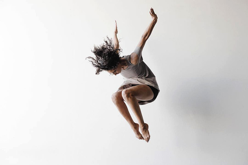 Kayla Banks leaping