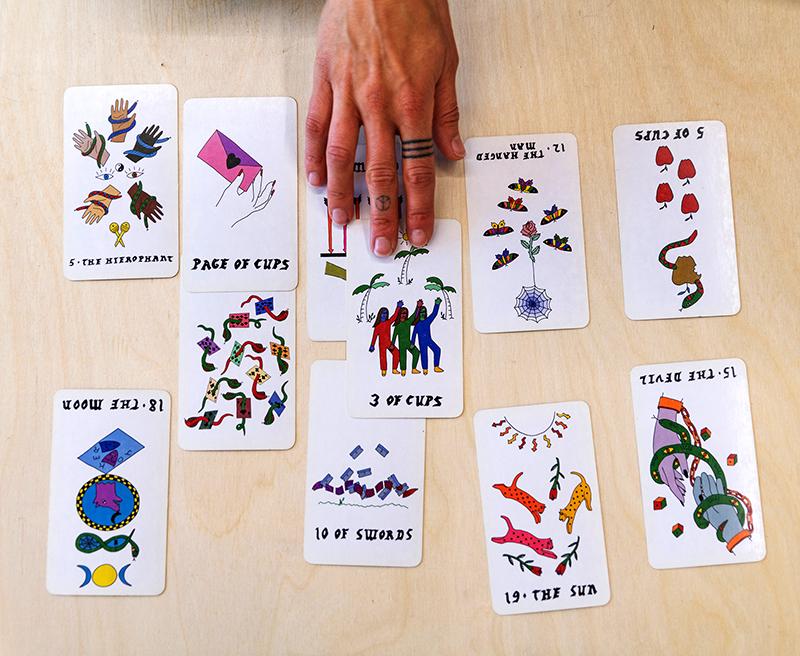 tarot deck designed by Rachel Howe